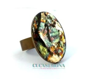Anillo oval con resina y foil abaloni